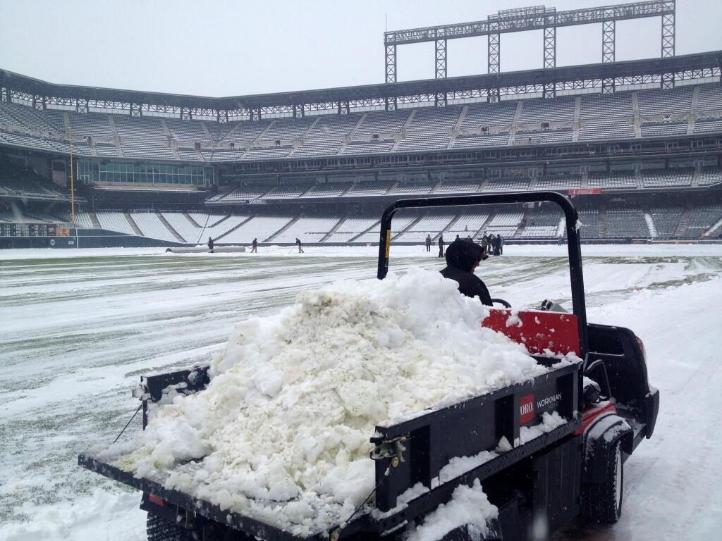 rockies-snow2