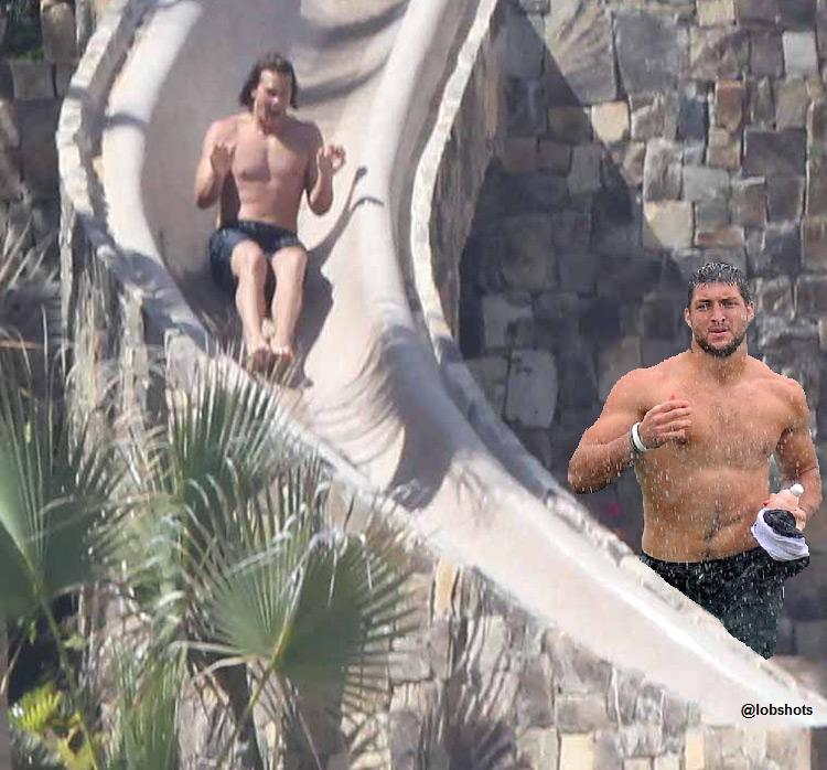 tom-brady-tim-tebow-waterslide